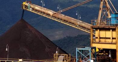 Petrobras e Vale ganham fôlego e Ibovespa sobe mais de 2%