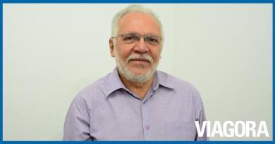 Antônio José Medeiros é internado com Covid 19 em Teresina