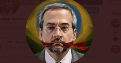 Bolsonaristas de raíz choram a partida de Weintraub