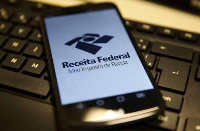 IR 2020: Receita abre na terça consulta a lote de restituição de R$ 5,7 bi