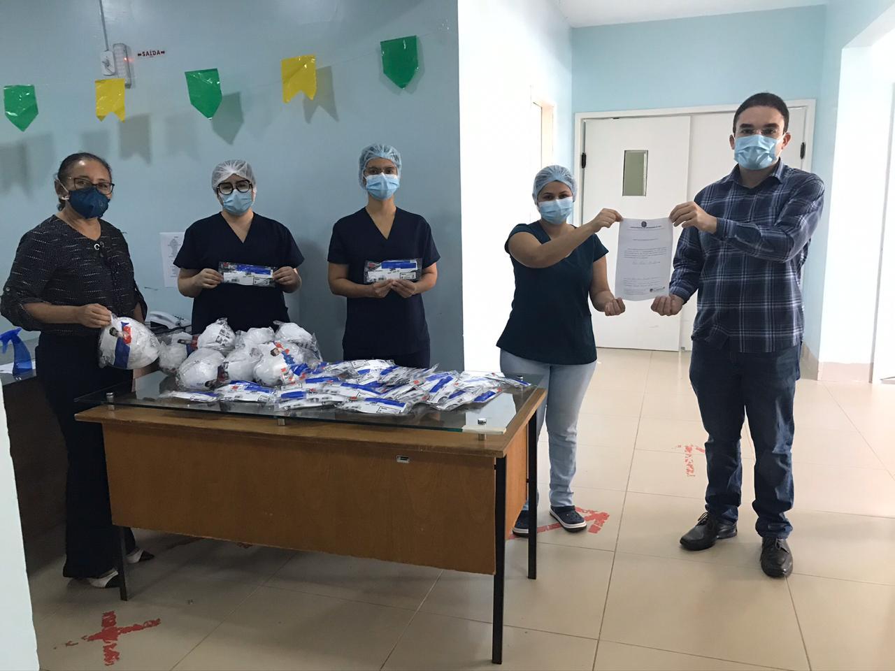 O Coren PI realizou a doação de mais de 4 mil máscaras a unidades de saúde do Piauí.