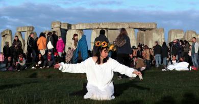 Mistério dos monólitos gigantes de Stonehenge revelado