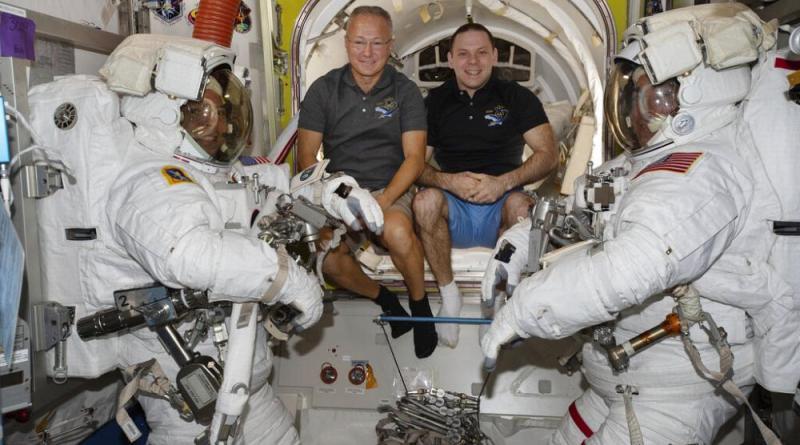 Astronautas da NASA de regresso ao Planeta Terra