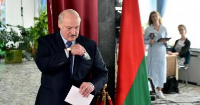 Confirmada reeleição de Lukashenko