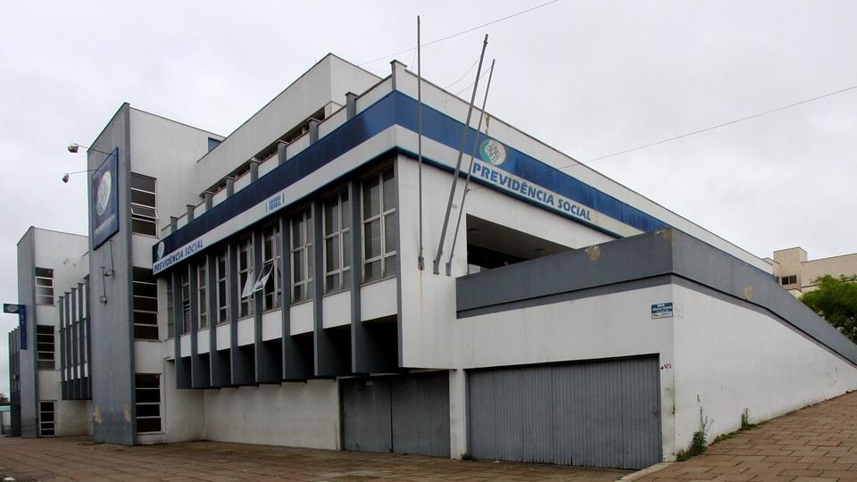 INSS adia retorno das agências: panorama de uma das agências do INSS