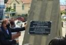Mão Santa inaugura monumento em homenagem a Bolsonaro