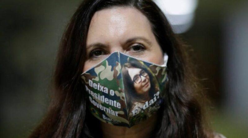 Acusada de racismo, Bia Kicis pinta Moro e Mandetta de negros em 'piada'