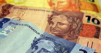 Com aumento menor do que previsto, salário mínimo para 2021 será de R$ 1.067