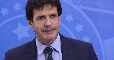 Candidatos do PSL levantam suspeita sobre repasse de R$ 690 mil a ex mulher de ministro do Turismo