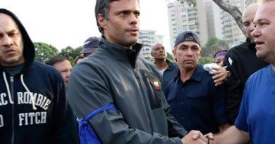 Opositor Leopoldo López chega a Madri após fugir da Venezuela