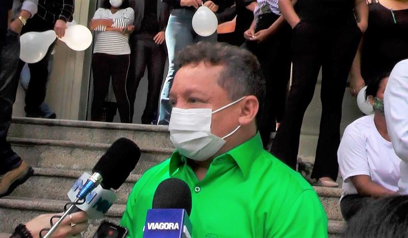 Gilberto Albuquerque.
