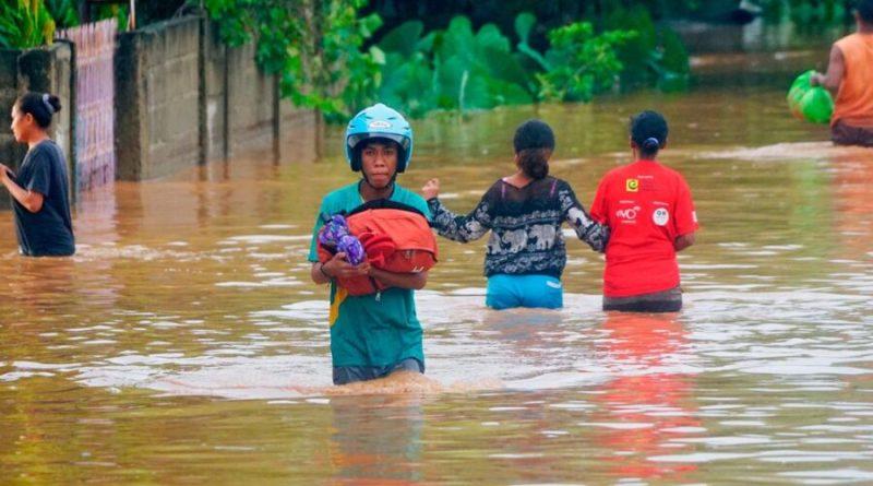 Indonésia procura mais de 70 desaparecidos nas cheias