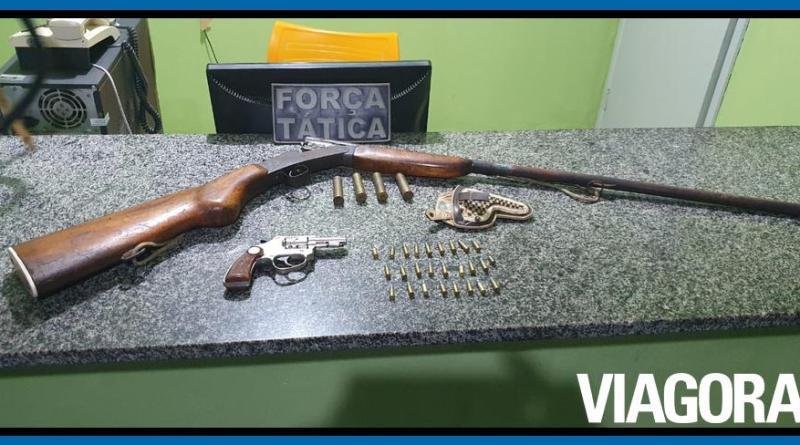Homem é preso com armas de fogo em chácara em Simplício Mendes