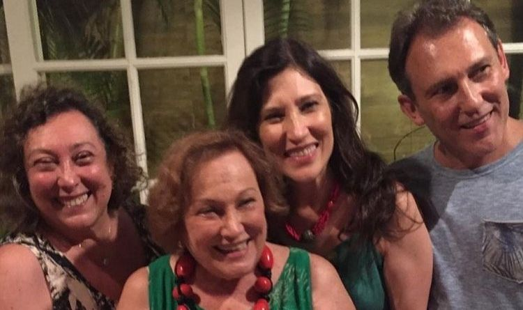 Internada no CTI, filha de Nicette Bruno 'responde bem ao tratamento' contra a Covid 19 – Jovem Pan