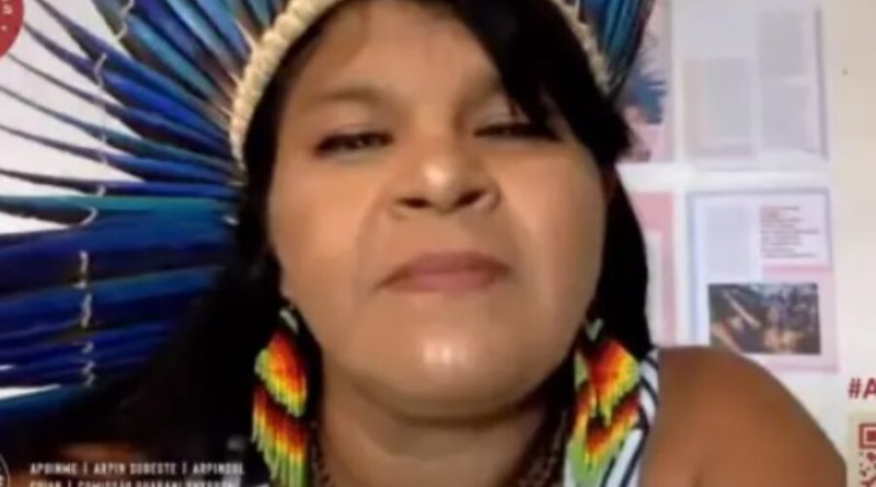 Juiz tranca inquérito da PF contra Sônia Guajajara por críticas ao governo Bolsonaro