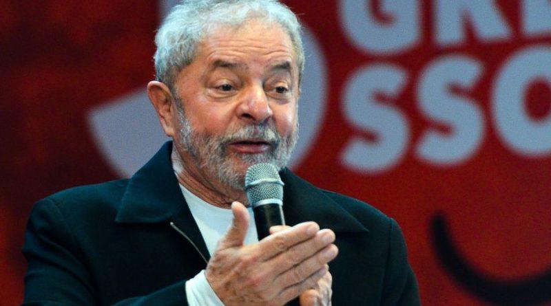 Lula dá início a série de encontros políticos em Brasília e discute aliança no RJ com Freixo