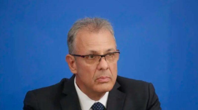 Ministro de Minas e Energia descarta apagão, mas fala de ações excepcionais