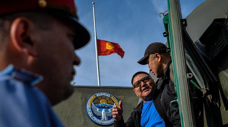 Quirguistão e Tajiquistão acordam cessar fogo em conflito sangrento