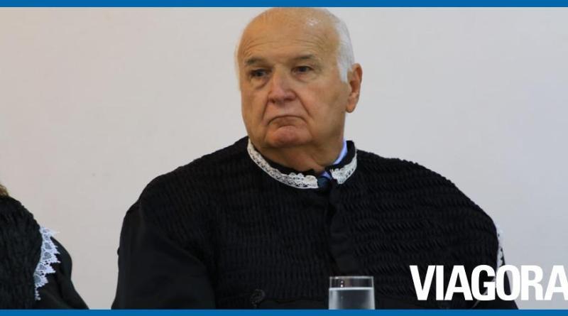 Conselheiro Luciano Nunes protocola pedido de aposentadoria no TCE