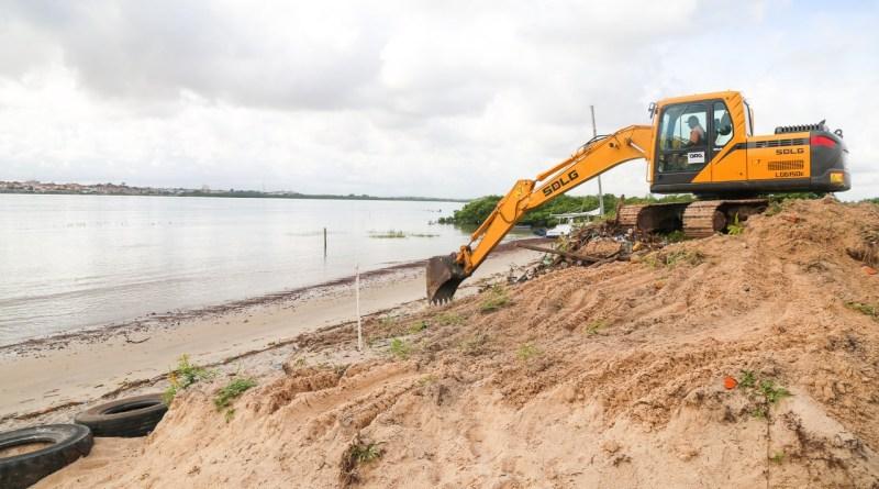 Ordem de Serviço para urbanização da Praia do Bonfim é assinada