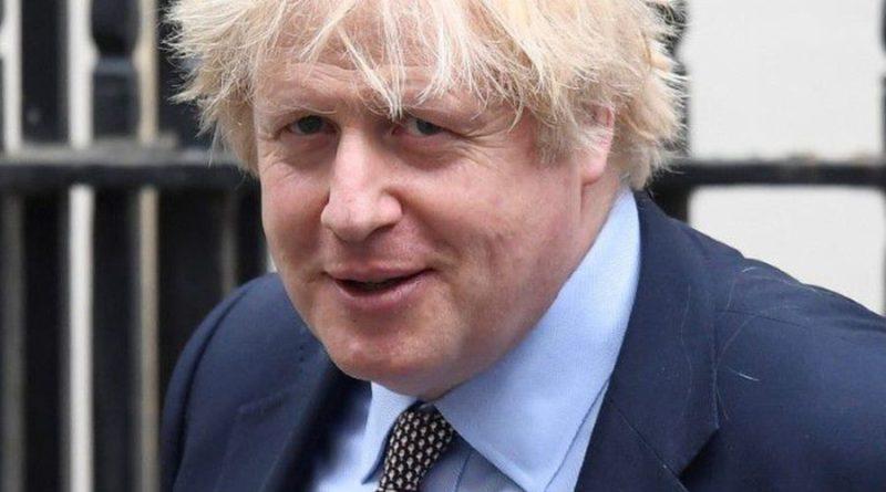 Premiê britânico adia relaxamento de lockdown em um mês