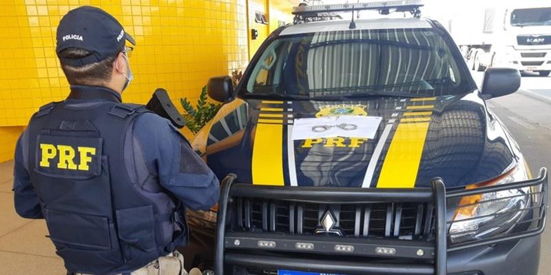 PRF cumpre mandado de prisão a suspeita de Estelionato em Floriano.