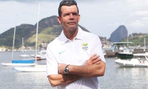 Chefe da delegação da vela, Torben Grael aprova regatas adiadas nesta segunda