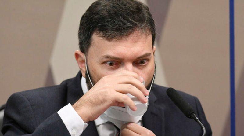 CPI da Covid: coronel mostra áudios mostrando negociação de vacina privada, e senadores apontam atividade ilegal