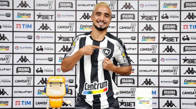 """Apresentado oficialmente, Rafael projeta estreia pelo Botafogo em """"duas semanas"""""""