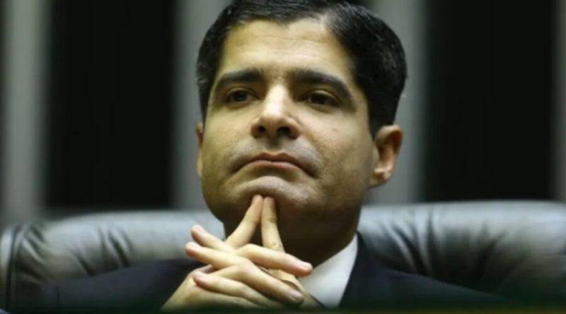 DEM e PSL podem formar 'megapartido' com maior bancada da Câmara