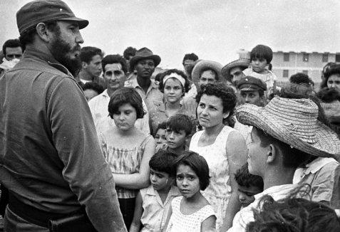 """Em """"Pinar del Rio"""", depois do ciclone, Outubro de 1964."""