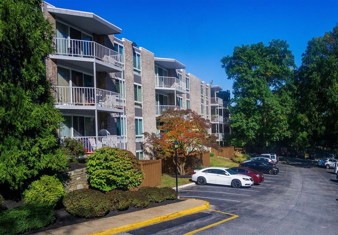 West River Apartments  Philadelphia PA  Eagle Rock