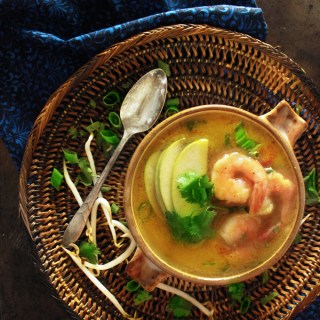 Shrimp Coconut Curry with Green Apples
