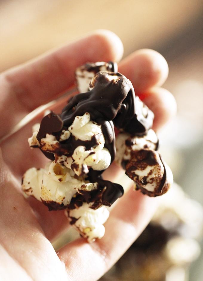 ChocolateMallowPopcornClusters4