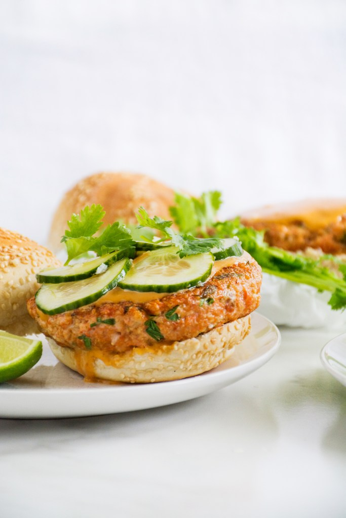 Salmon Burgers with Hoisin Sriracha Mayo & Quick Pickled Cucumbers