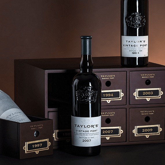 Taylor_s_Vintage_Port_Luxury_Collection