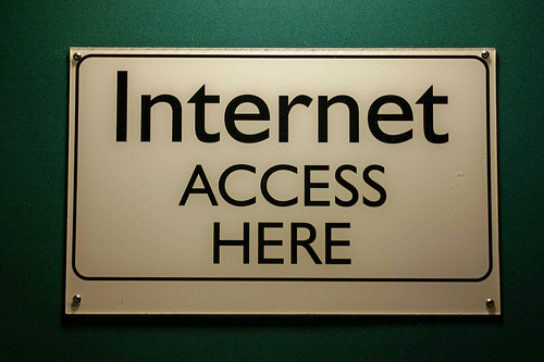 Internet Access Here Sign
