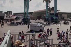 Le Red Bull Boom Bus au port de pêche de Lorient