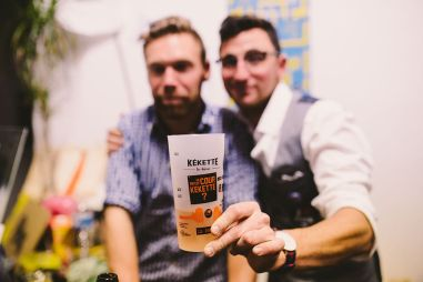 Gobelet de la bière Kékette au Binz Market 2015