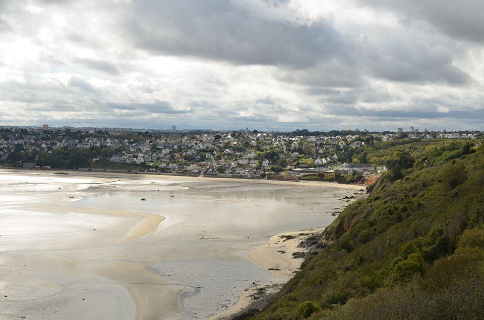 Qui a dit que Saint-Brieuc n'était pas proche de la mer ?