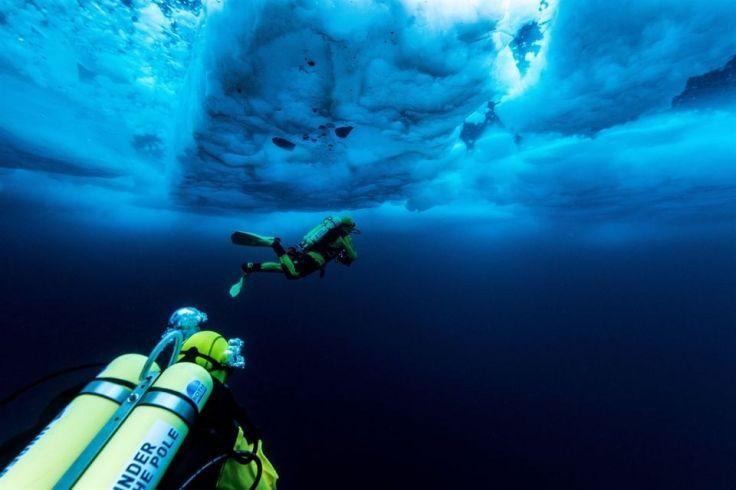 Plongeur Under The Pole sous la banquise