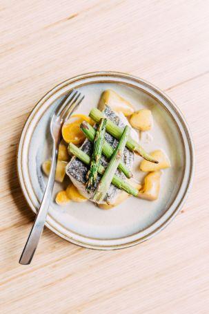 Recette du lieu aux asperges et sauce pommeau