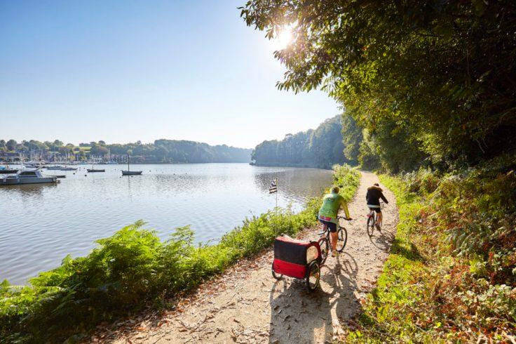 Balade à vélo le long du canal de nantes à Brest
