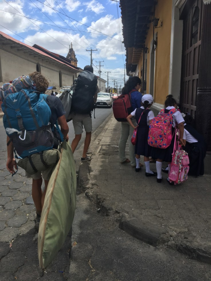Traverser le Nicaragua pour surfer