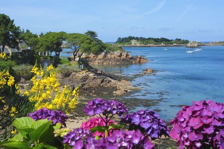 Visiter l'île de Bréhat en famille
