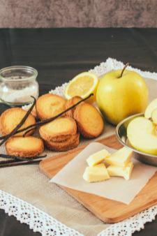 Palets bretons, pomme, beurre, sucre : ingrédients de qualité, réussite garantie.
