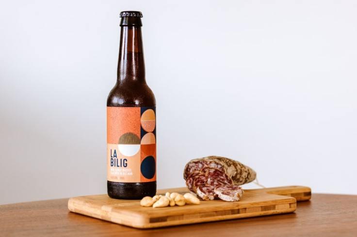 Bière La Bilig servie fraîche pour une dégustation