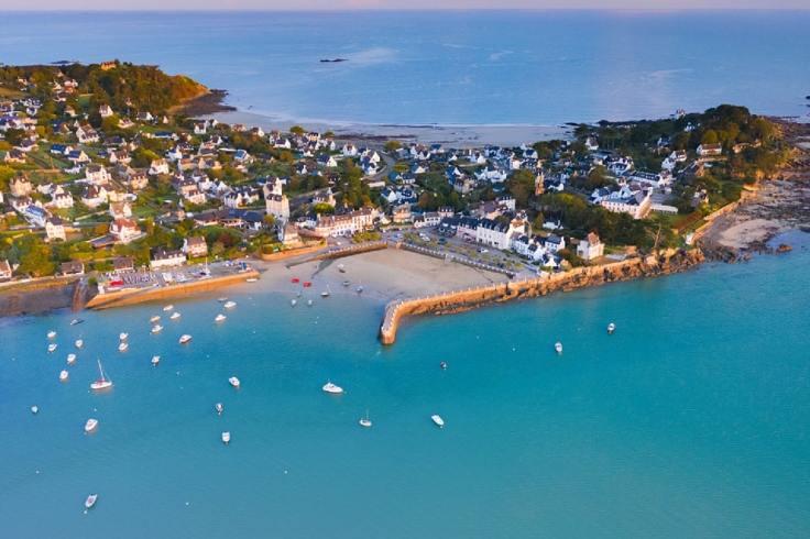 Photo du paysage côtier de Locquirec en Bretagne