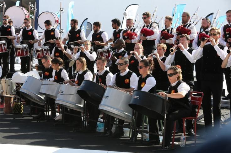 Des musiciens en tenue tradionnel