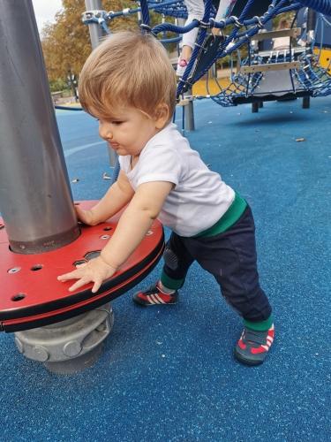 Comme Emmi Pikler le disait, c'est en pratiquant la motricité libre que l'enfant devient acteur de son développement.